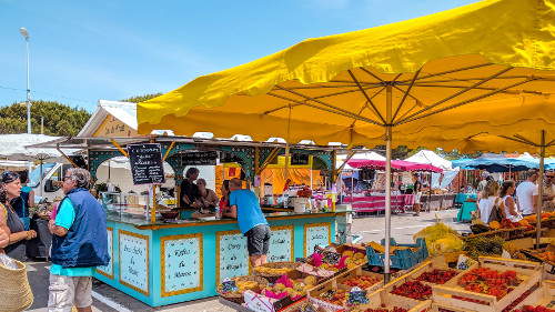 Farmer's Market in Montalivet-les-Bains in South West France